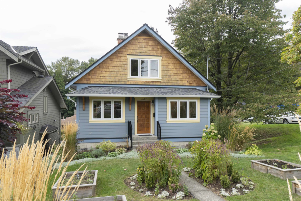 1457 FORBES AVENUE, North Vancouver