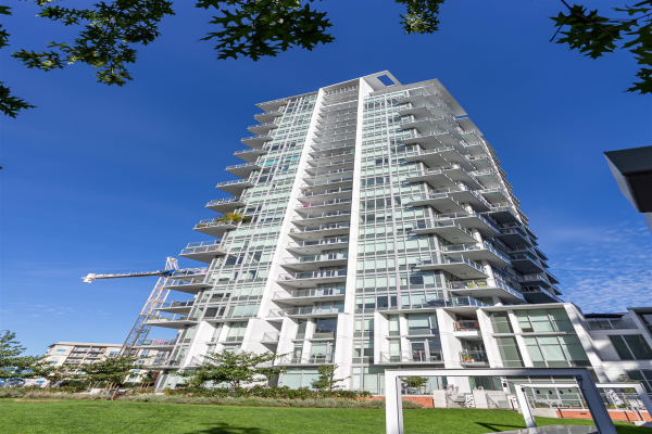 1308 258 NELSONS COURT, New Westminster