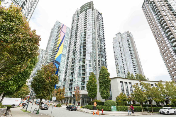 2701 1438 RICHARDS STREET, Vancouver