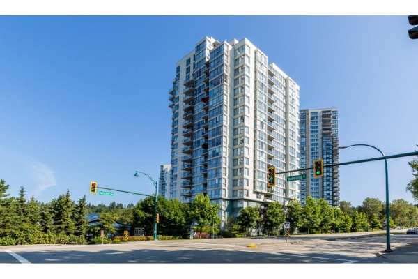 1002 295 GUILDFORD WAY, Port Moody