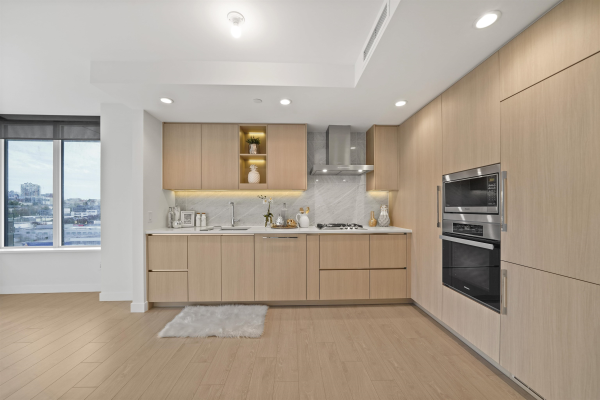 1014 1768 COOK STREET, Vancouver