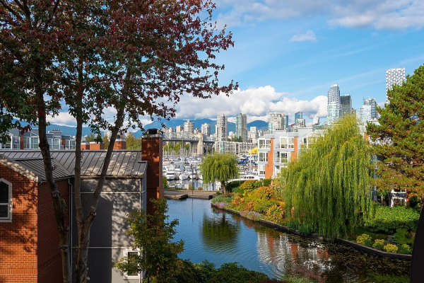 311 1515 W 2ND AVENUE, Vancouver