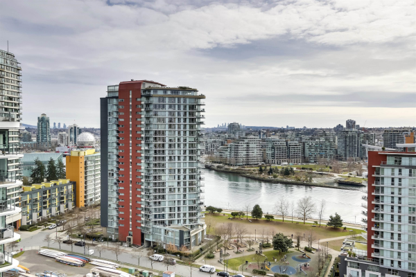 1783 87 NELSON STREET, Vancouver