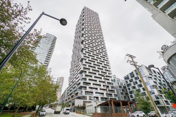 2909 1480 HOWE STREET, Vancouver