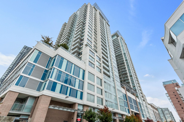 2006 988 QUAYSIDE DRIVE, New Westminster