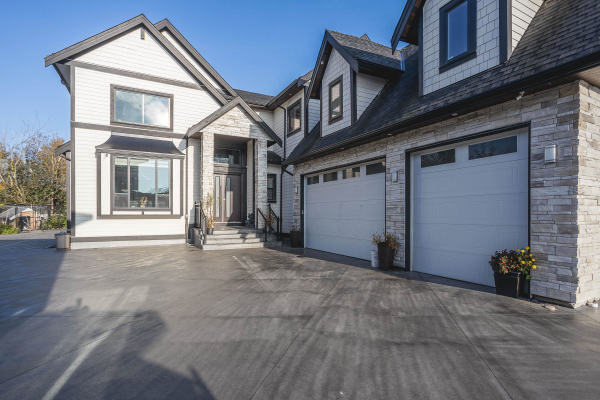 3500 HILL PARK PLACE, Abbotsford