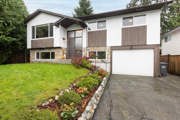 2176 CHESTER PLACE, Port Coquitlam