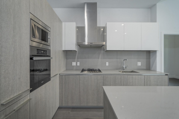 107 4932 CAMBIE STREET, Vancouver